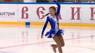 В Ледовом дворце состоялись открытые межрегиональные юношеские соревнования по фигурному катанию на коньках