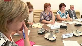 В Холмском и Парфинском районах молодежной политике уделят особое внимание