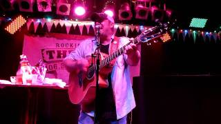 """Chris Cagle at Bar Anticipation sings """"Let There Be Cowgirls"""""""