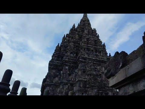 Prambanan Temple Yogyakarta Indonesia (Kompleks Candi Hindu Terbesar di Indonesia)