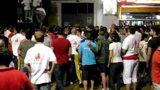 preview picture of video 'Peña Taurina Albalat dels Sorells - 40 Aniversario - 1er Toro Embolado G. C. Mayalde 02/09/2011'
