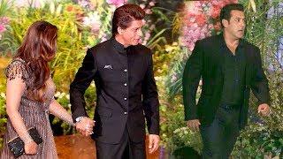 Salman Khan's MACHO ENTRY In Front of SRK @Mukesh Ambani's Daughter Isha Ambani WEDDING Reception