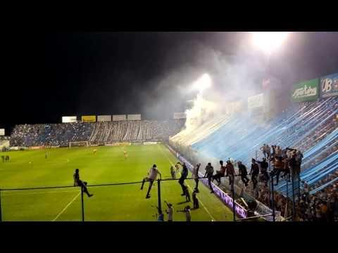 """""""Recibimiento Atlético Tucuman Vs Boca Junior (2-2)  Desde La Tribuna"""" Barra: La Inimitable • Club: Atlético Tucumán"""
