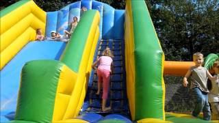 Přehrát VIDEO - Skákací hrad se skluzavkou Palmy 3v1