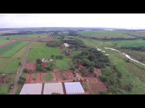 Voo com drone - Bairro Taquaral em Pongaí interior de SP - DJI Phantom 3 Standard