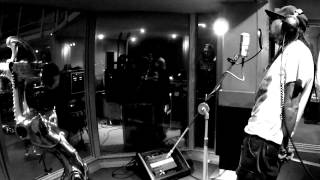 Korn   'Falling Away From Me' Live   BBC Radio 1 Rock Show