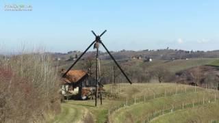 Veter polomil vetrnice največjega klopotca na svetu