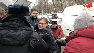 Управа Ломоносовского района против жителей Кравченко 16