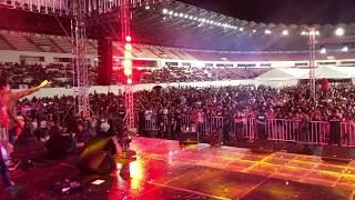 Hanggang Kailan - Orange & Lemons (Philippine Sports Stadium)