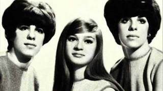 """Video thumbnail of """"The Shangri-Las - I Can Never Go Home Anymore"""""""