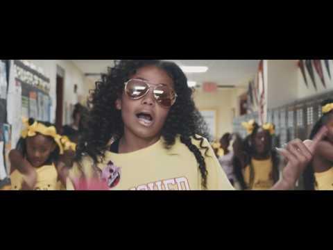"Brooklyn Queen ""EMOJI"" [Official Video]"