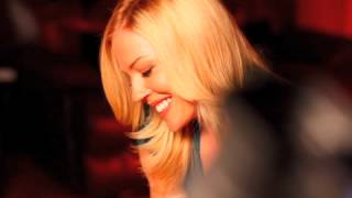 Yanni & Leslie Mills For All The World To See (One Man's Dream)