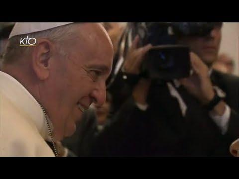 Le Pape François rencontre les personnes assistées par la Caritas