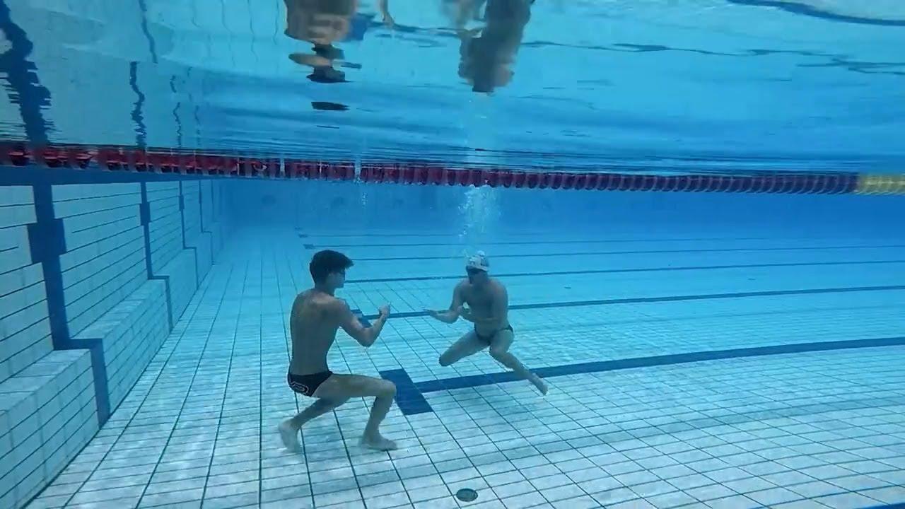Καπουτζίδης vs Μάρκος : Πέτρα -ψαλίδι -χαρτί μέσα στην πισίνα! | 14/07/2021 | ΕΡΤ
