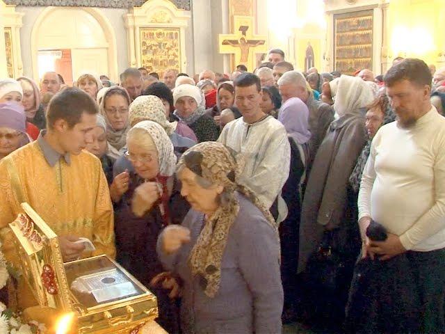 Ковчег с мощами святого в ангарском храме