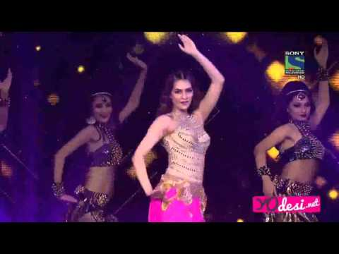 Kriti Sanon's mesmerizing performance of Star Guild Awards 2016