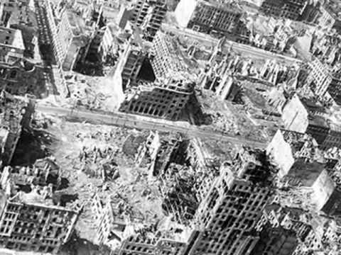 Warsaw in 1945: Piosenka o mojej Warszawie (Song About My Warsaw) - W. Sypniewski