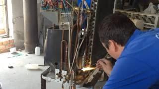 Замена радиатора наружного блока кондиционера. Днепр