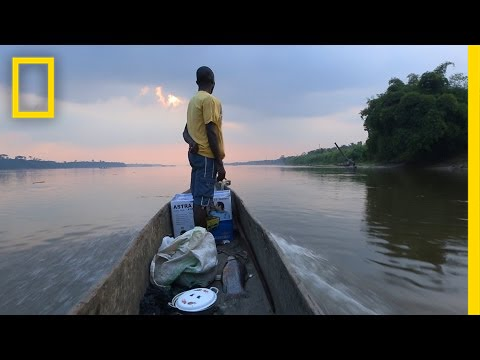 60 Seconds of Life on the Congo River | National Geographic thumbnail