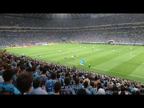 """""""Festa na geral do grêmio. Grêmio X atlético MG. Final copa do Brasil 2016."""" Barra: Geral do Grêmio • Club: Grêmio • País: Brasil"""