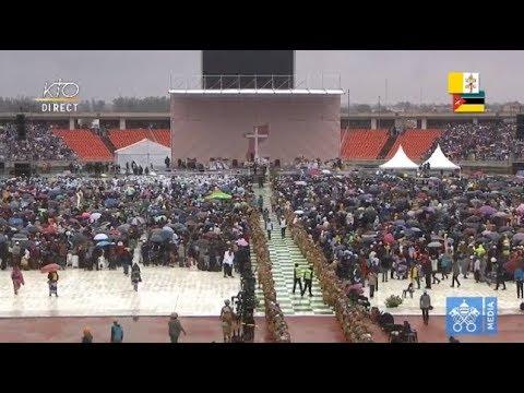 Messe du pape François au Mozambique