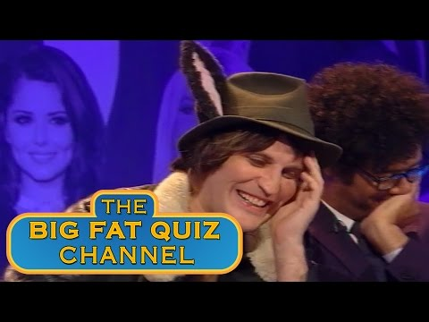 Big Fat Quiz – Richard Ayoade a Noel Fielding šikanují Jimmyho Carra