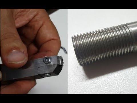 Filettatura su barra di acciaio inox