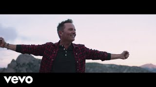 Chris Tomlin - Nobody Loves Me Like You (Official Music Video)