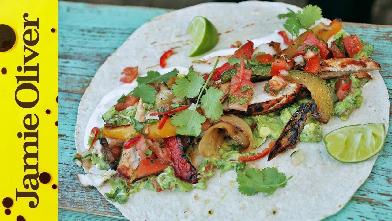 BBQ Chicken Fajitas with Spicy Guacamole