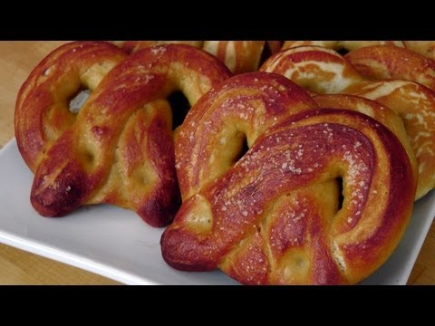 Homemade Soft Pretzels – Recipe by Laura Vitale – Laura in the Kitchen Episode 207