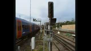 preview picture of video 'Steam 4464 Bittern races SWT Desiro electric unit. Clapham Junction 13/8/12. Cathedrals Express'