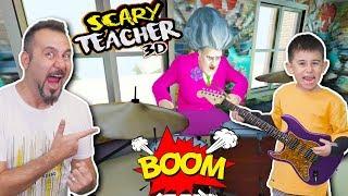 KIZGIN ÖĞRETMENE FARE VE BOMBALI DAVUL ŞAKASI! | SCARY TEACHER 3D OYNUYORUZ!