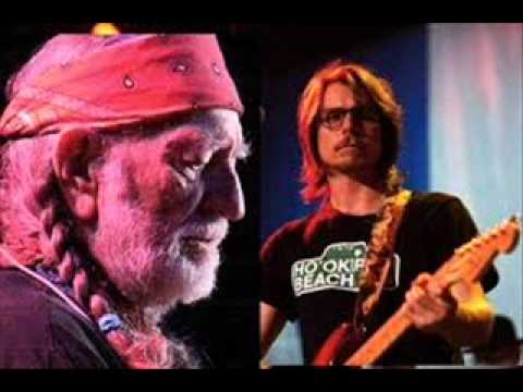 Willie Nelson ~Can I Sleep in Your Arms~~with Lukas Nelson.wmv