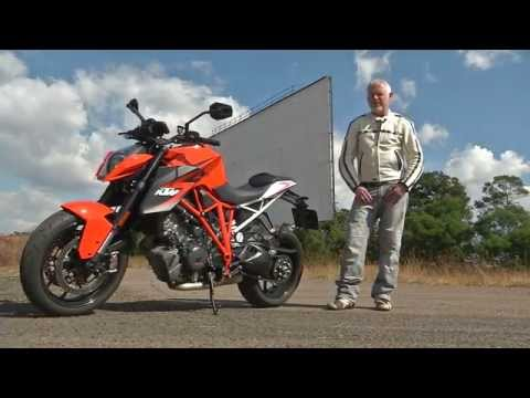 KTM Superduke 1290 Test