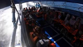 preview picture of video 'Thailand speedboat 'SurinIsland''
