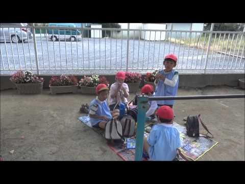 笠間市 友部 ともべ幼稚園 子育て情報「ピクニック気分のおにぎりお弁当の日」