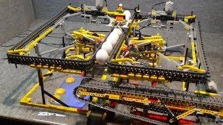 LEGO : Eggs whipping machine and separator / Eier Aufschlagmaschine und Trennvorrichtung