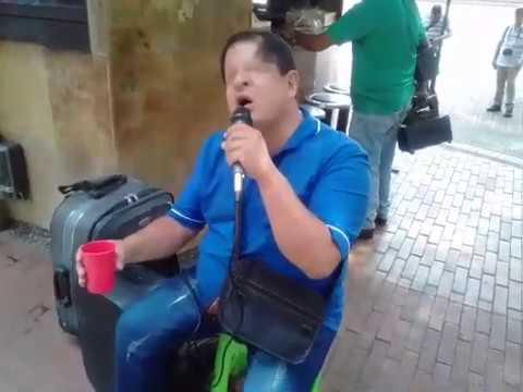 Un 'Turpial' que canta y encanta a 'primera vista'