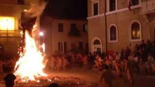 preview picture of video 'Torciata di San Giuseppe a Pitigliano'