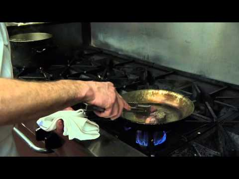Filet Mignon With Creamy Butter & Garlic Sauce : Amazing Dishes