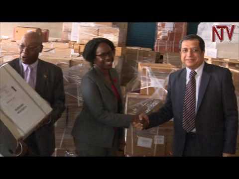 Buyindi ewadde Uganda konteyina z'eddagala 11