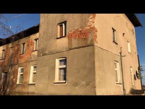 Wideo1: Dom w Starym Strączu, w którym popełniono brutalne morderstwo