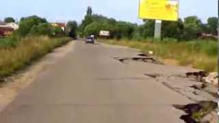 Смотреть онлайн Бессмысленные и беспощадные русские дороги