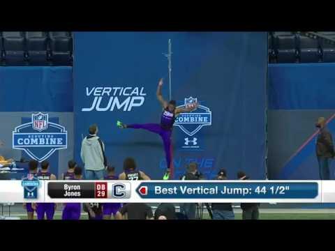 立ち幅跳び世界記録(3m73cm)