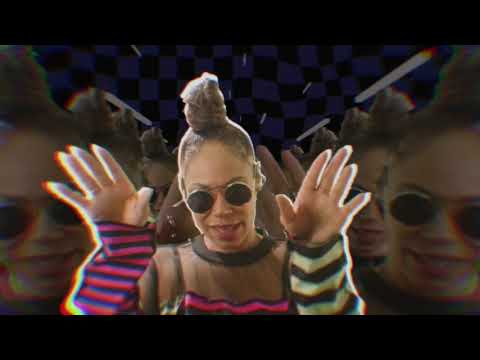Alex Mills – Want you to want me Video