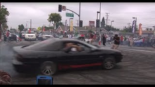 Hundreds of Mexico fans take over Huntington Park intersection to celebrate World Cup win