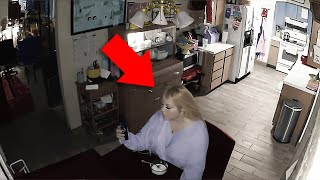 11 Scary Videos You WON'T Watch Alone in the DARK
