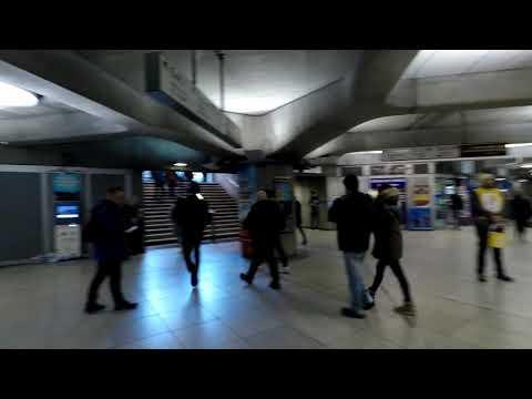 웨스트민스터 역 내부 미팅 포인트