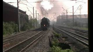preview picture of video '70000 Britannia passing Southall, Short version'
