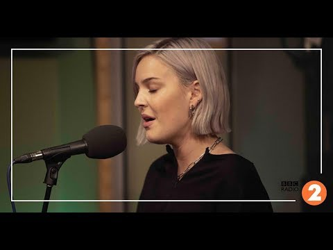 Perfect To Me - Anne Marie Acoustic Live (BBC Radio 2) - Anne-Marie Concerts